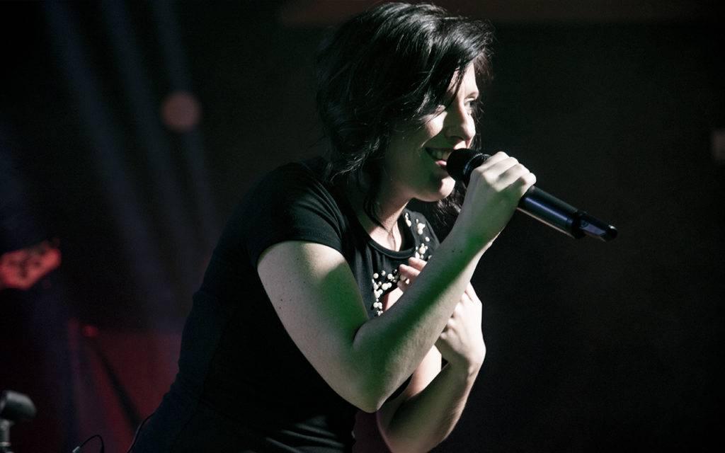 Sara Rossignoli Cantante IVY Elisa Tribute